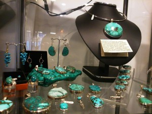 Crystal Clear Turquoise Display